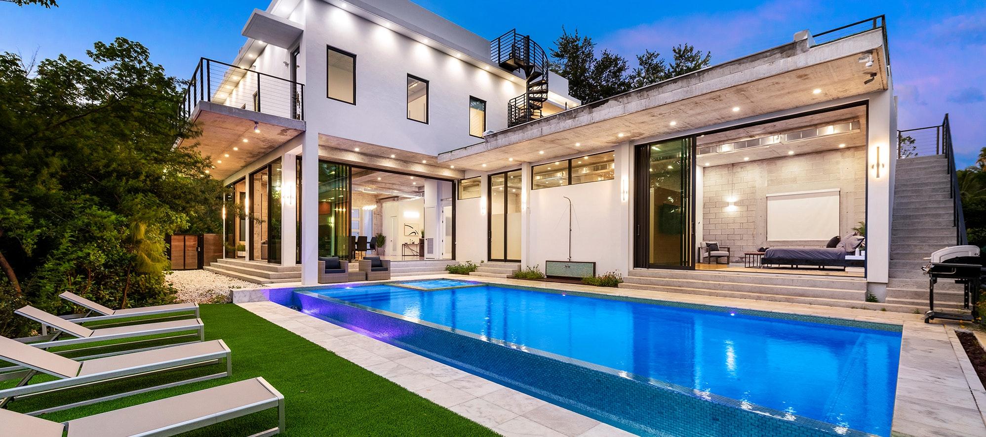 Villa Infinity luxury rental in Miami Shores