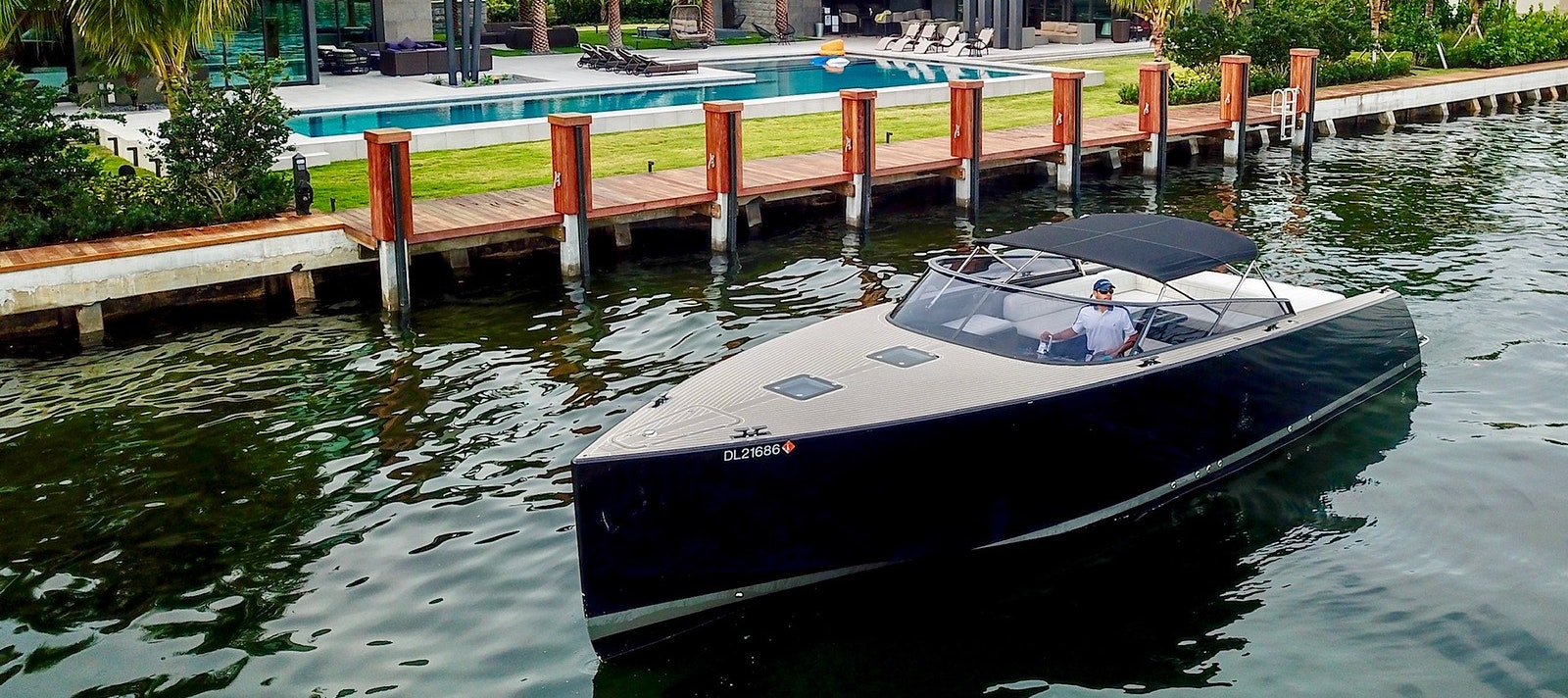 40 FT VanDutch yacht for rent in Miami