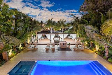 Miami Beach Villa Forge