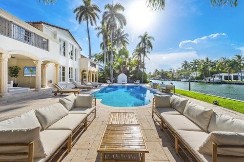 Miami Villa Blush image #1