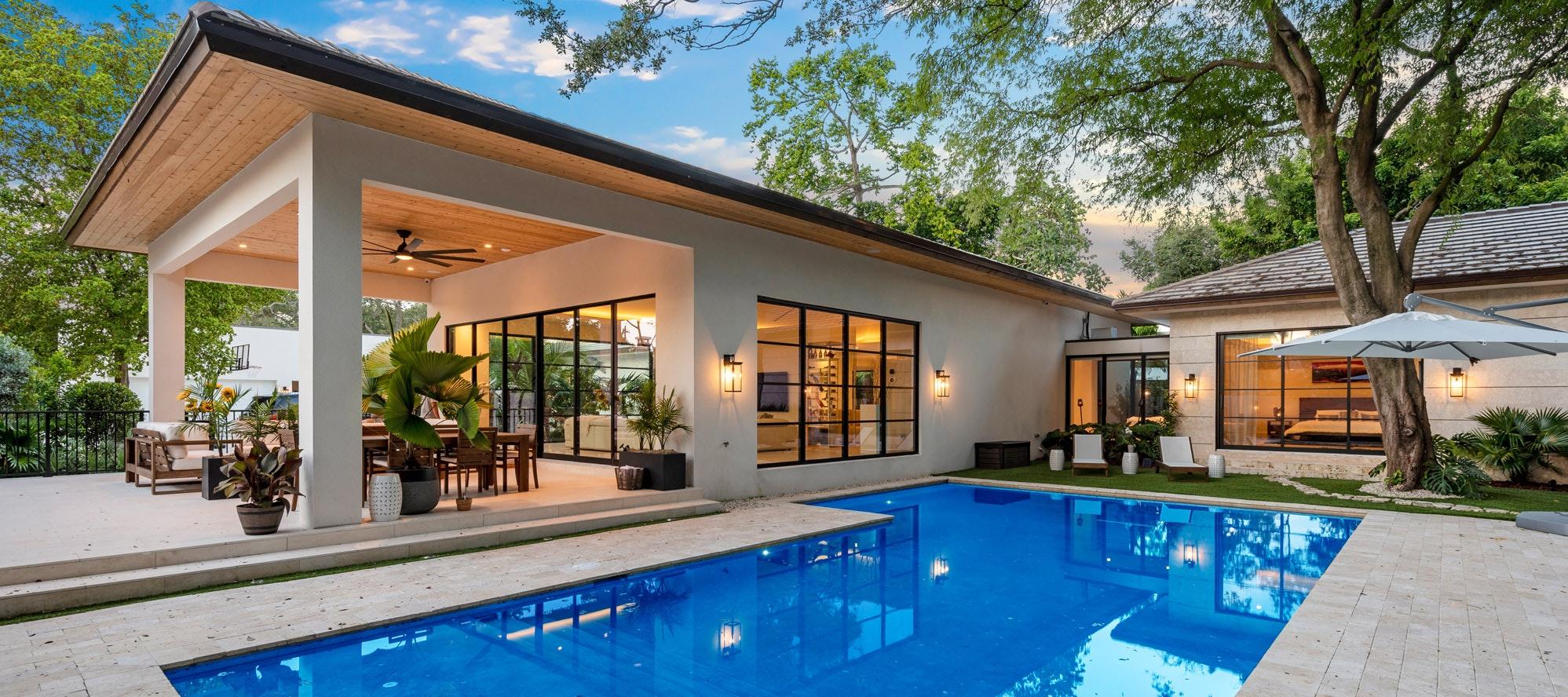 Villa Limon luxury rental in Miami Shores
