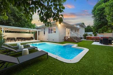Miami Shores Villa Faith