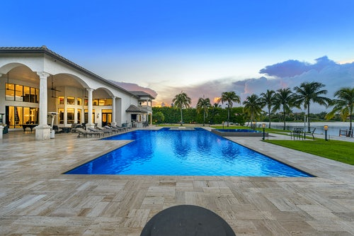 Miami Villa Lake image #1