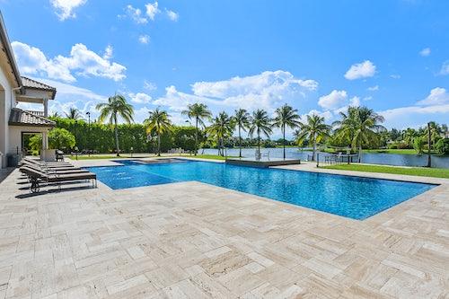 Miami Villa Lake image #4
