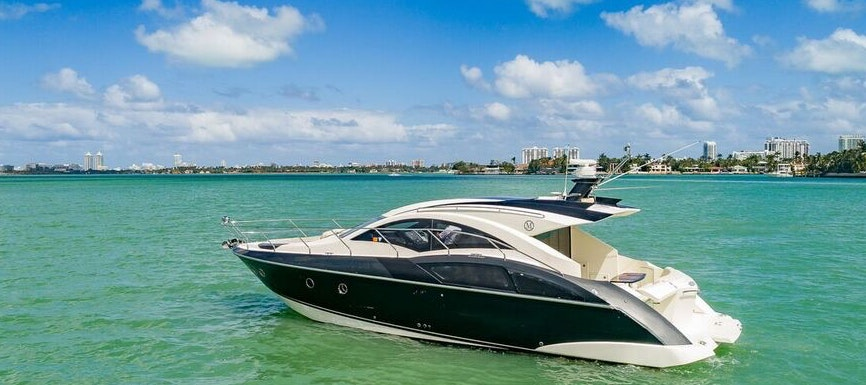 43 FT Marquis yacht for rent in Miami