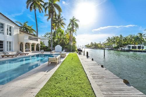Miami Villa Blush image #2