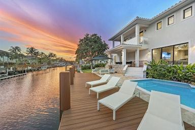 Hollywood Villa Costa