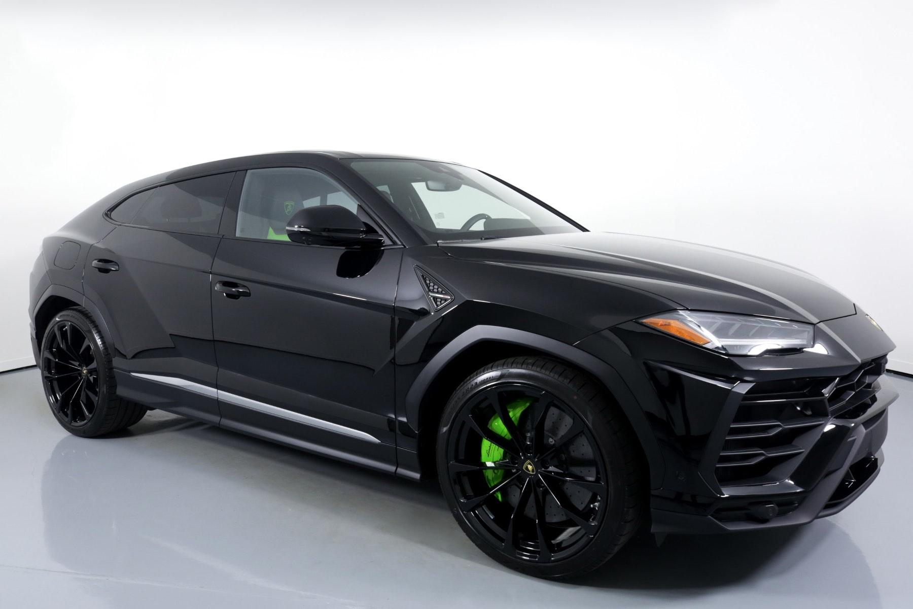 Miami Lamborghini Urus image #1