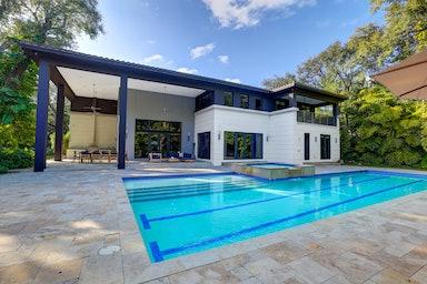 North Miami Beach Villa Oak
