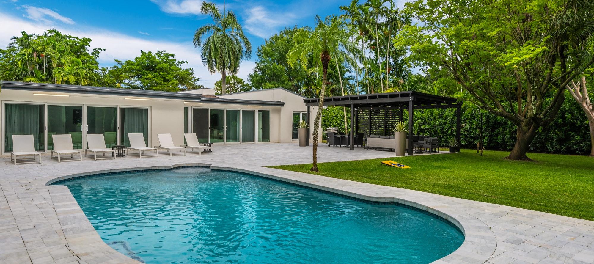 Villa Glades luxury rental in Golden Glades