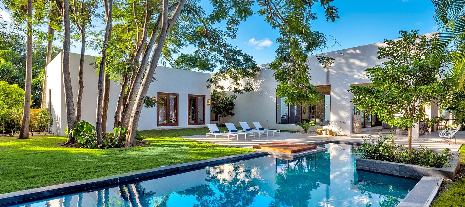 Villa Maroc luxury rental in Miami Shores